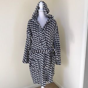 Vera Bradley L/XL grey combo fleece robe